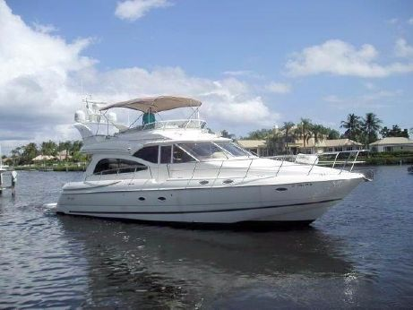 2001 Cruisers Yachts 5000 Sedan Sport