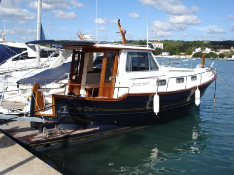 2003 Menorquin Yacht 110