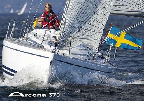2011 Arcona 370