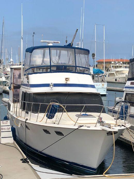 1987 lien hwa cockpit motor yacht