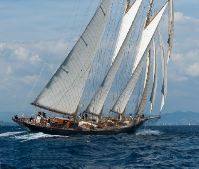 2010 Classic Three-masted schooner