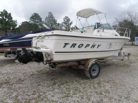 2001 Bayliner 2052 Trophy Walkaround