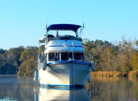 1986 Marine Trading Marine Trader 38 Double Cabin
