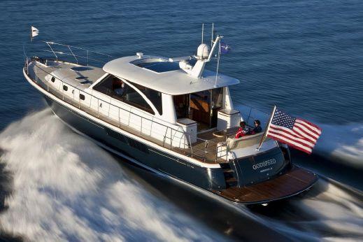 2016 Hunt Yachts 52