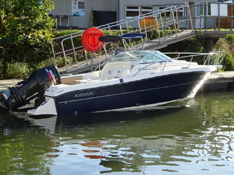 2009 Karnic Bluewater 2250