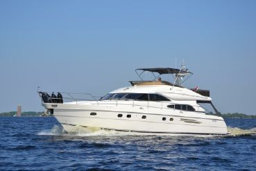 2000 Princess 65 Fly