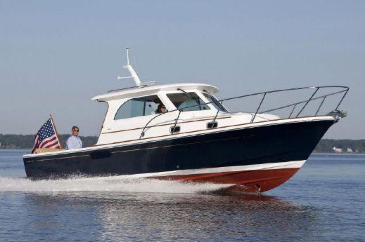 2017 Hunt Yachts Surfhunter 29