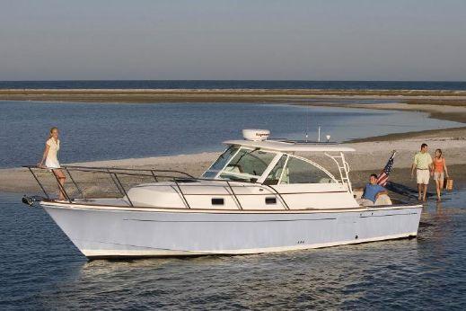 2017 Hunt Yachts Surfhunter 33
