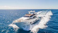 2016 Ferretti Yachts 800