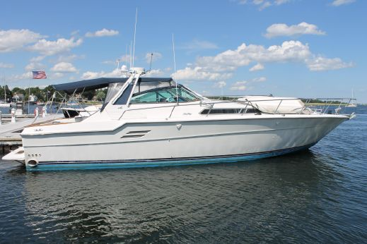 1989 Sea Ray 46 EXPRESS CRUISER