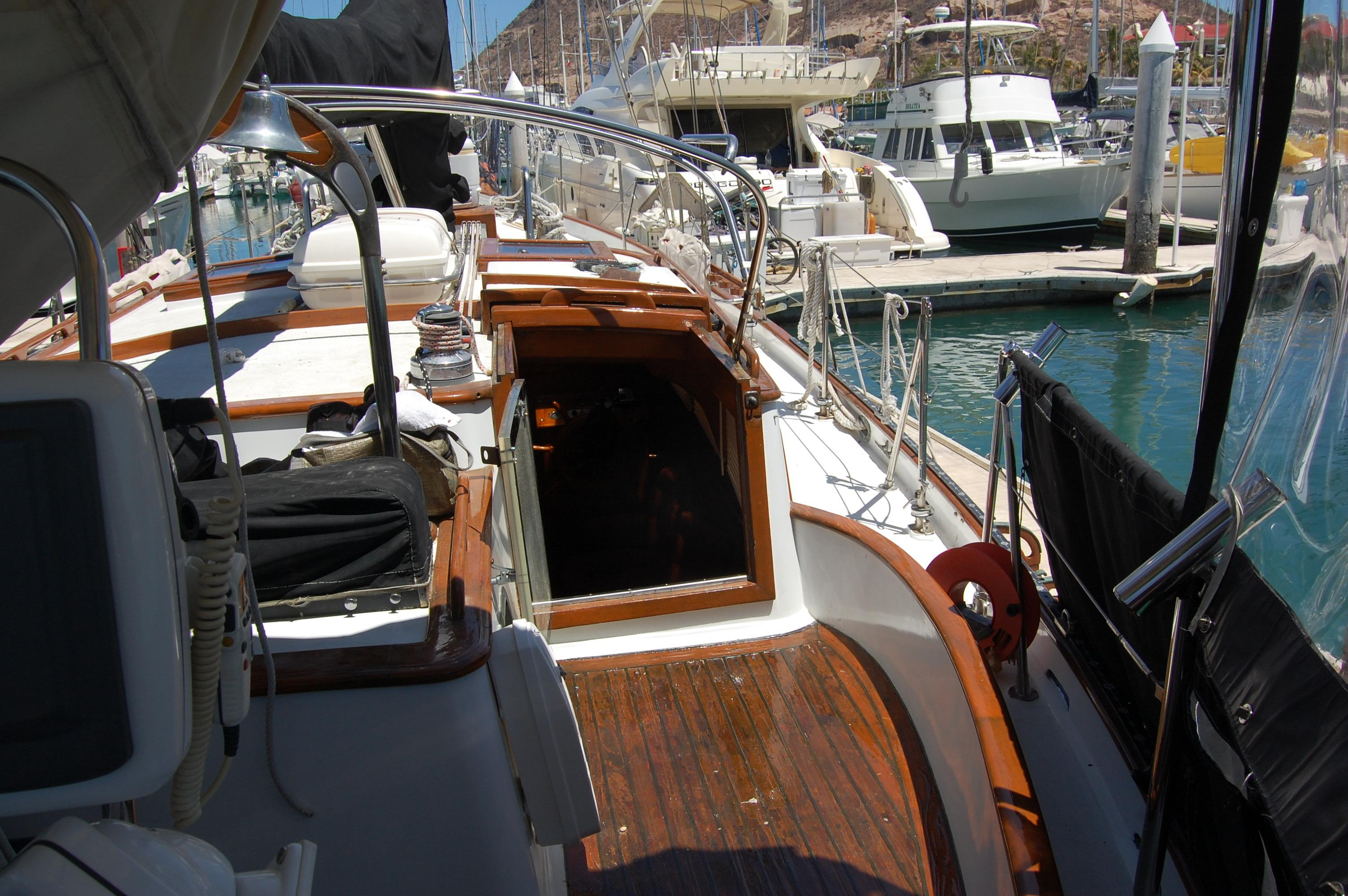 43' Spindrift Pilothouse Cutter+Photo 13
