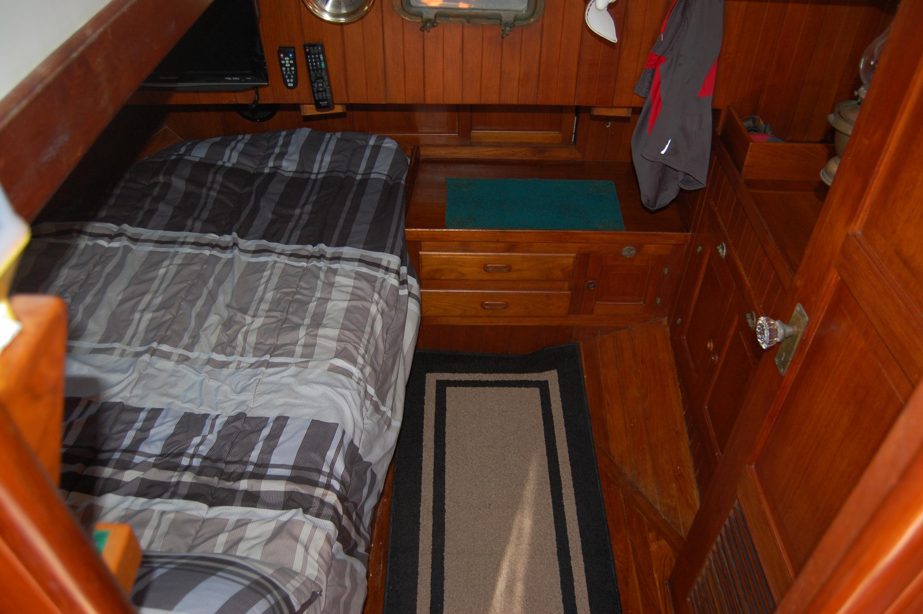 43' Spindrift Pilothouse Cutter+Photo 39