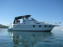 1990 Cruisers Yachts 3370 Esprit