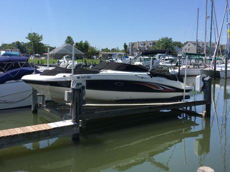 2011 Hurricane 26 Deck Boat