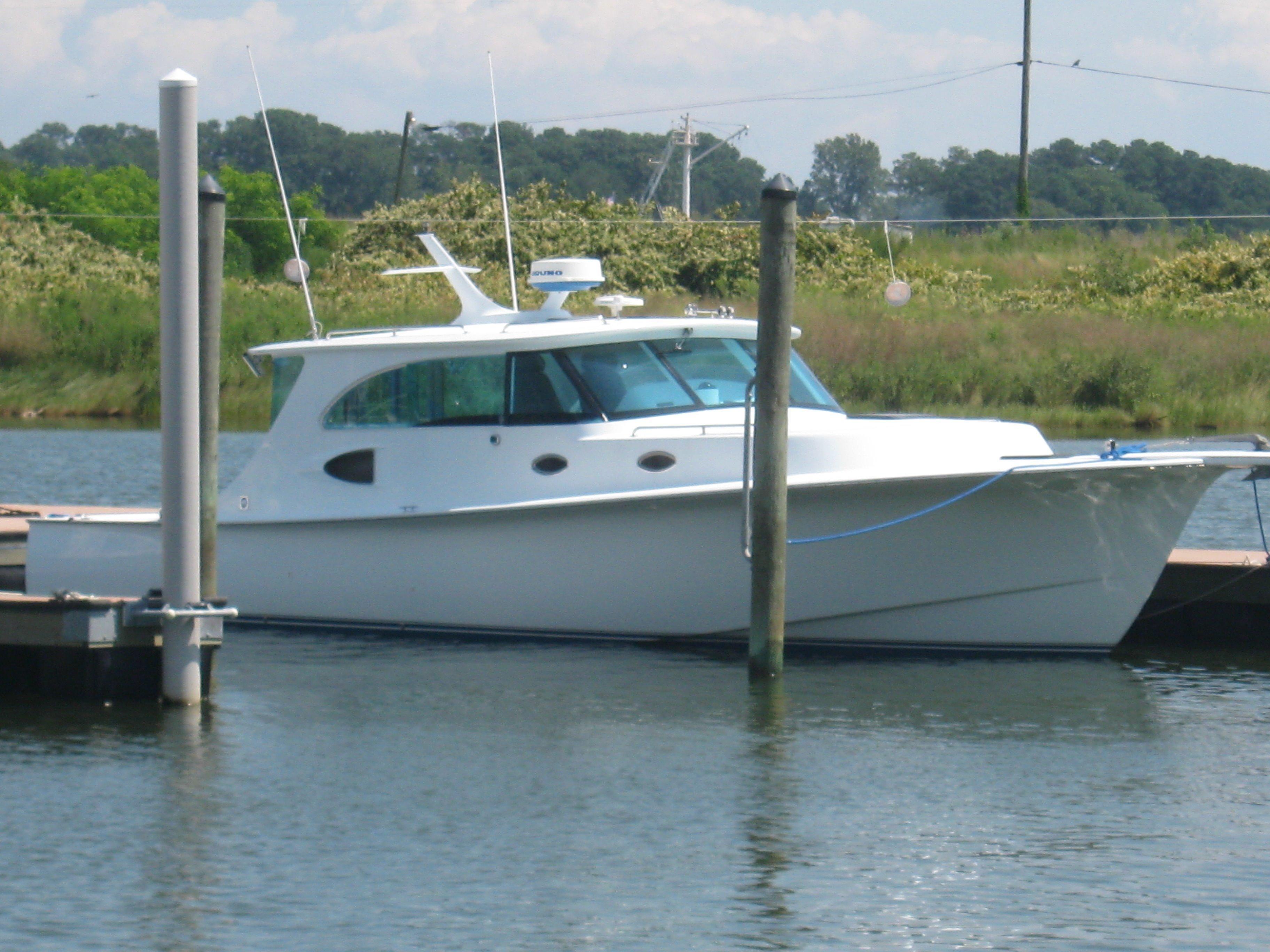 2006 Jennings Hard Top Express Power Boat For Sale - www.yachtworld.com