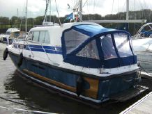 1997 Aquastar 27