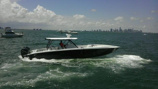 42' Motion Center Console