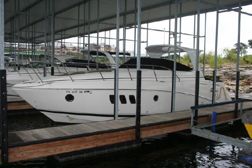 2010 Rinker 360 Express Cruiser