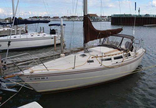 1984 Catalina 30 - Tall Rig Diesel