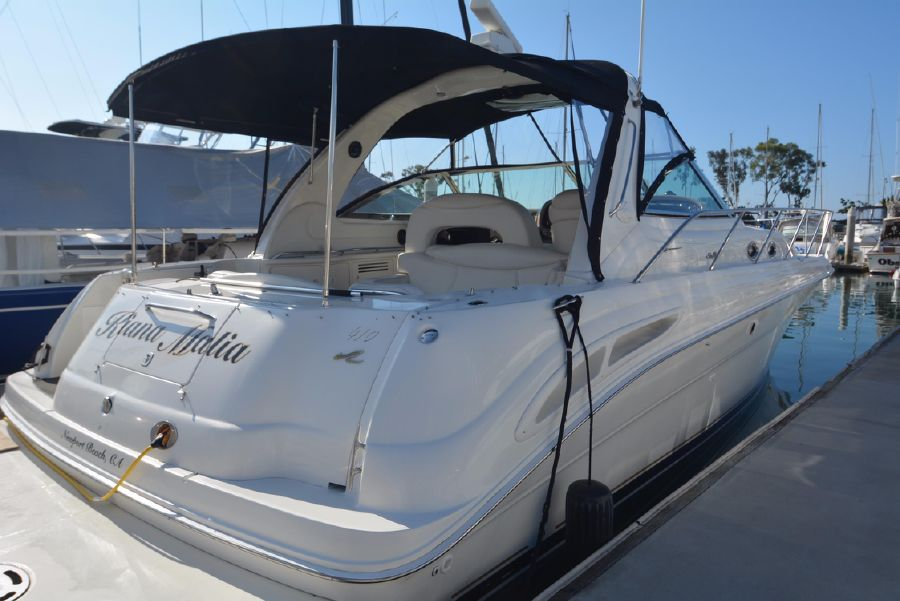 photo of Sea Ray 410 Express Cruiser