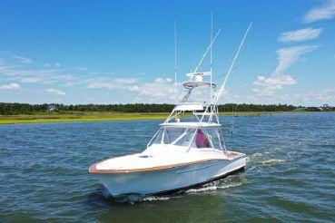 2018 Winter Custom Yachts 30 Express Custom Carolina