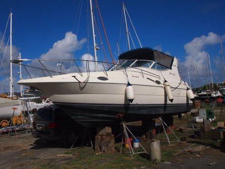1999 Cruiser Yachts 3075