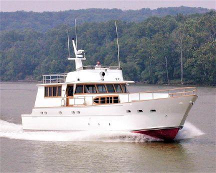 2000 Pluckebaum 78 Cockpit Motor Yacht