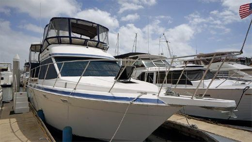 1990 37' Chris Craft Catalina