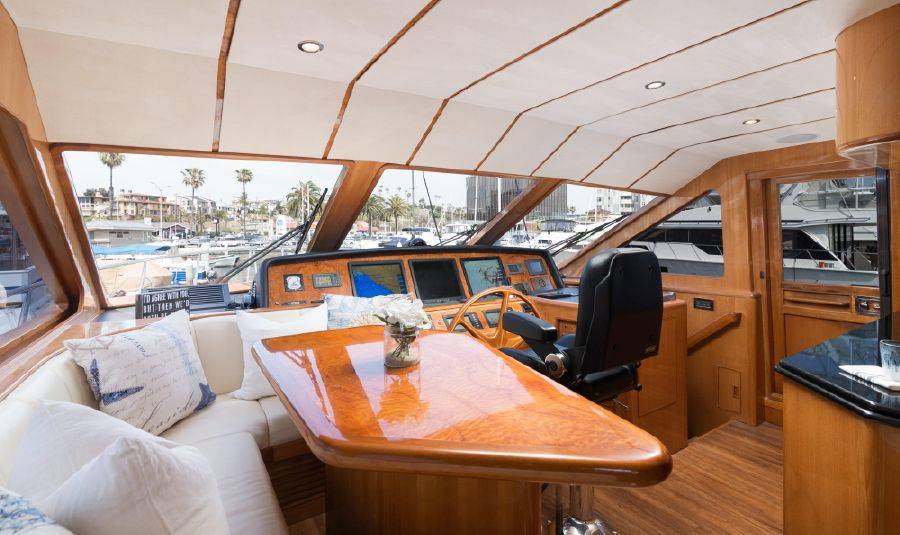 Ocean Alexander 64 Pilothouse Lower Helm