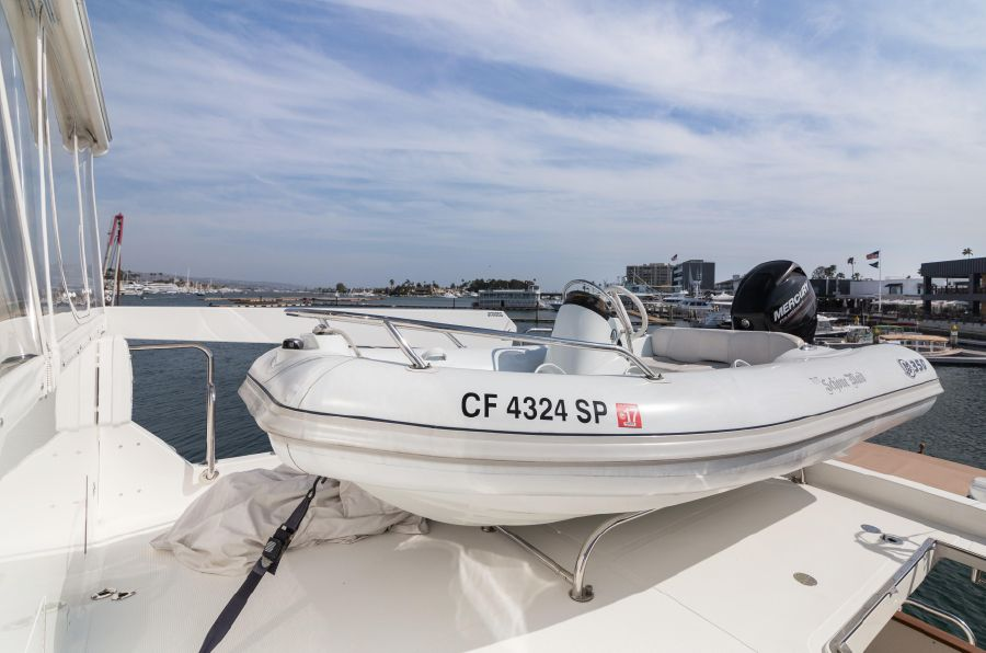 Ocean Alexander 64 Motoryacht Tender Storage