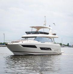thumbnail photo 0: 2017 Prestige 680 Motor Yacht