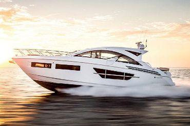 2020 Cruisers Yachts 60 Cantius