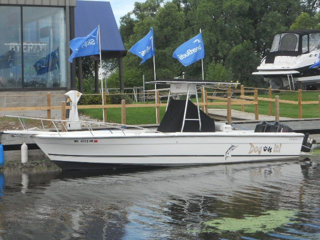 1994 robalo 2520 power boat for sale for Robalo fish in english