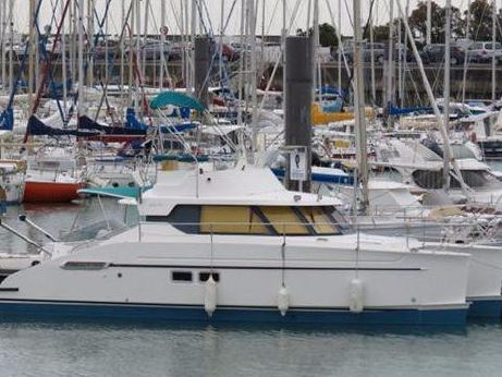 2003 Fountaine Pajot Greenland 34 Flying Bridge