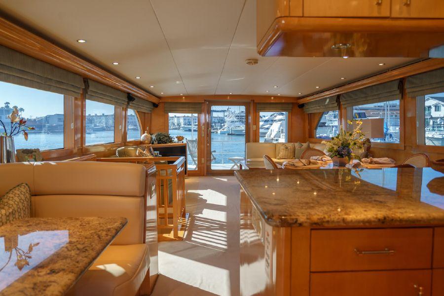 Hatteras 75 Cockpit Motoryacht Salon Interior