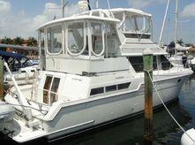 1997 Carver 430 Cockpit Motor Yacht