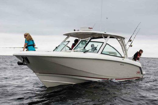 2017 Boston Whaler 320 Vantage