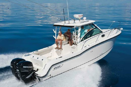 2017 Boston Whaler 285 Conquest