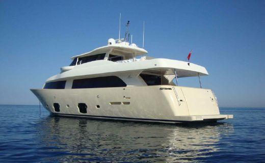 2010 Ferretti Custom Line Navetta 26