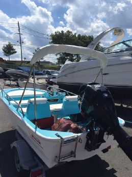 2008 Boston Whaler 130 Sport with trailer