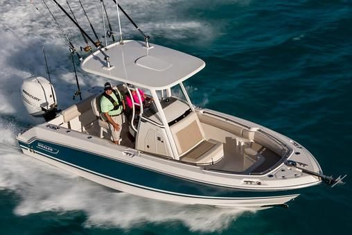 2017 Boston Whaler 230 Outrage