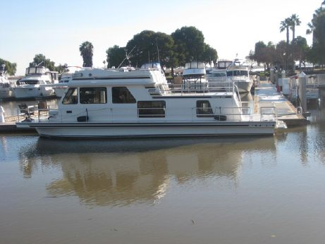2000 Gibson 47 Cabin Yacht