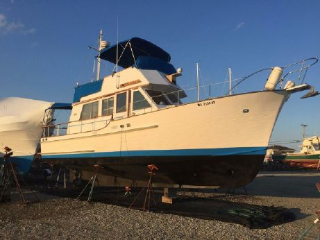 1988 Island Gypsy 36 Sedan Trawler