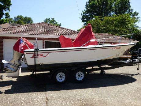 1994 Boston Whaler Outrage 210
