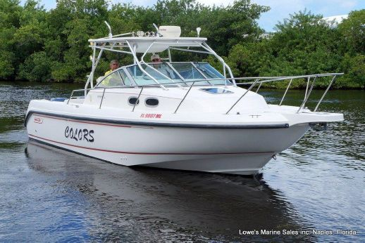 1998 Boston Whaler 28 Conquest