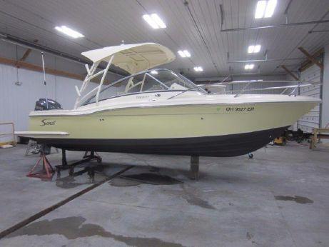 2009 Scout Boats 245 Dorado