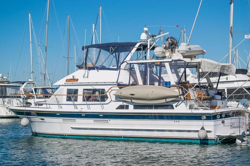 1984 spindrift motor yacht power boat for sale www for Worldwide motors san diego ca