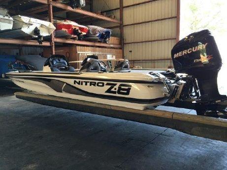 2013 Nitro Z-8