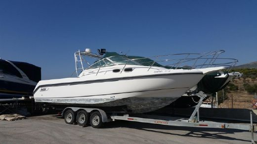 2000 Boston Whaler Conquest