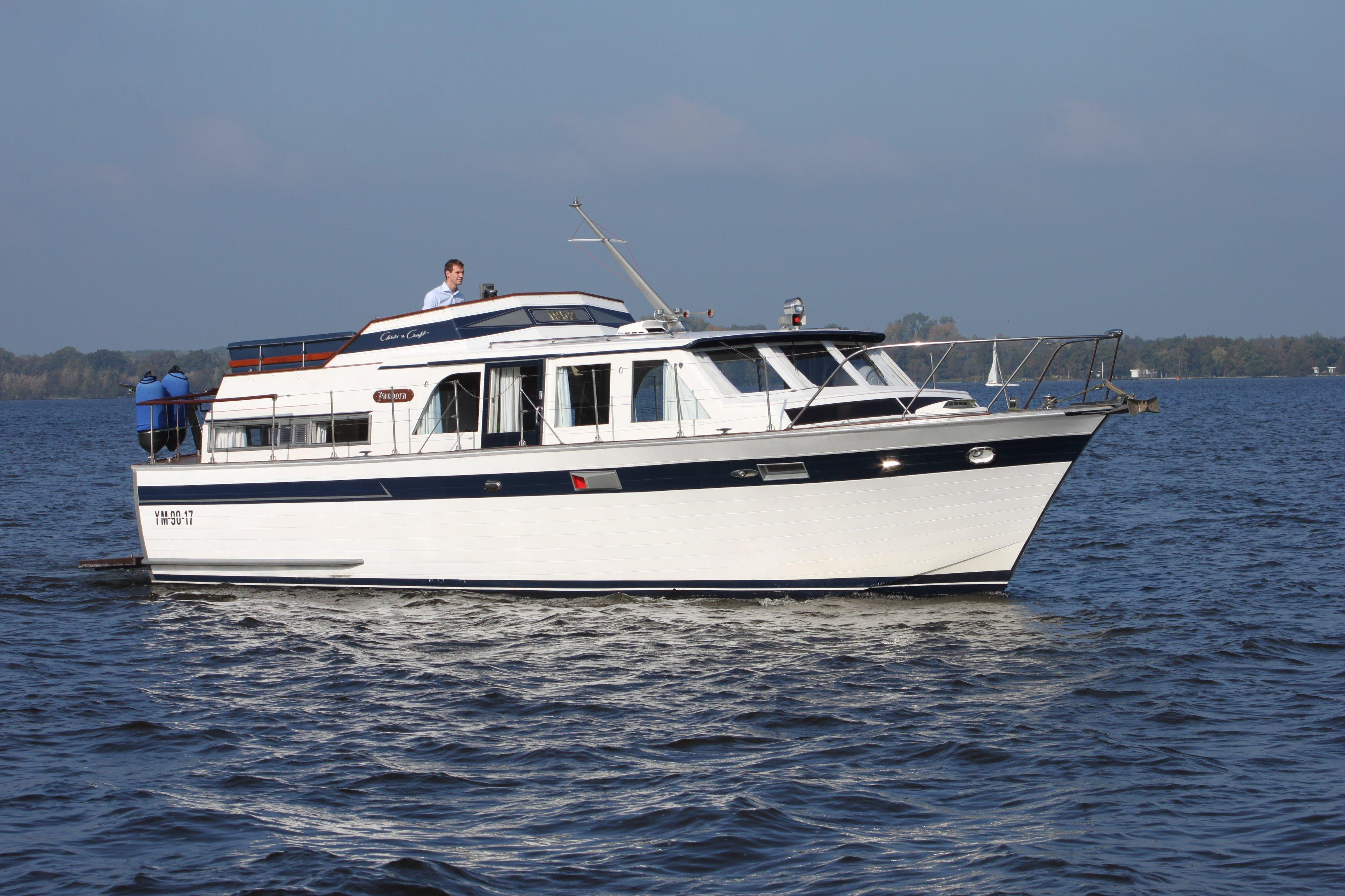 Boats For Sale In Tn >> 1952 Chris-Craft 52 Power Boat For Sale - www.yachtworld.com